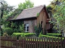 ein fundament f r das gartenhaus erstellen so gehts. Black Bedroom Furniture Sets. Home Design Ideas
