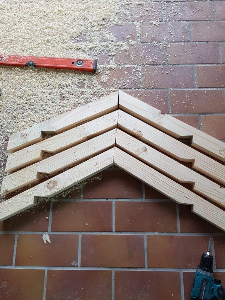 Dachsparren der Mähroboter Garage